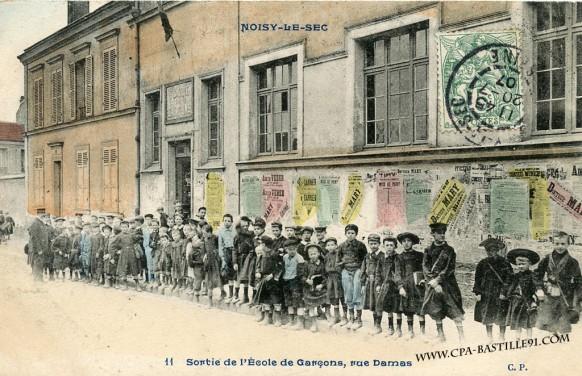Noisy le sec sortie de l cole de gar ons rue damas for Rue des garcons