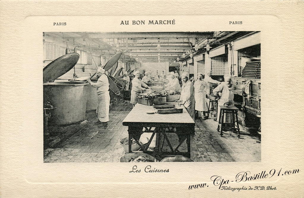 Les Cuisines du Bon Marché – Paris 1900 | Cartes Postales Anciennes
