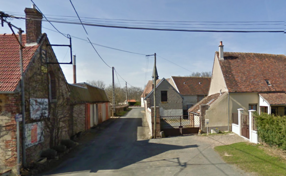 la rue de l'église à Champoulet 100 ans aprés
