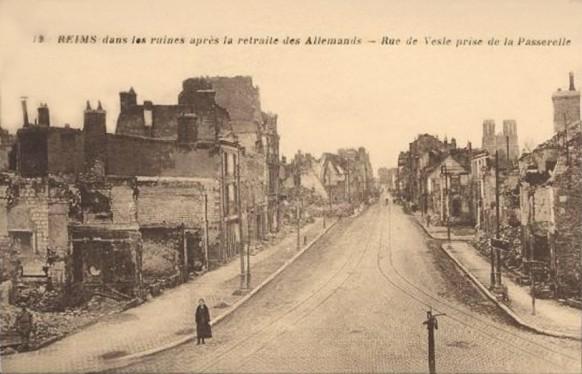 La rue de Vesle après le départ des allemands