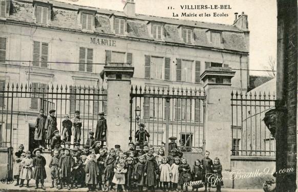 Villiers-le-Bel - La Mairie et les écoles - Cliquez sur la carte pour l'agrandir et en voir tous les détails