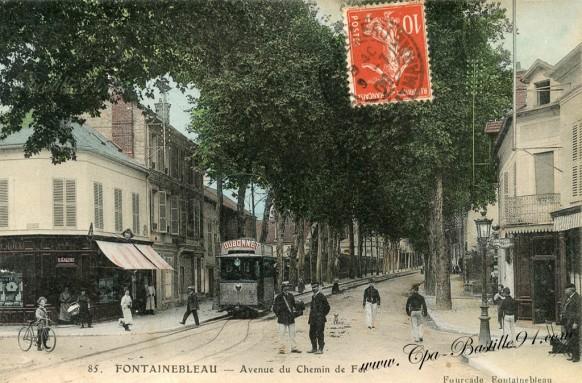 77-Fontainebleau-Avenue du chemin de fer