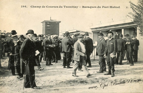 94-Champigny- Champ de courses du Tremblay-Baraques du Paris Mutuel