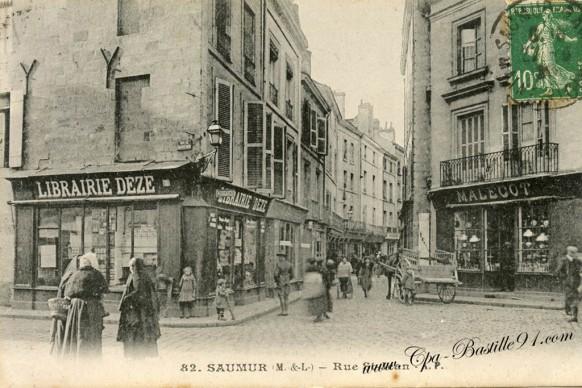 49-Saumur - Rue Saint-Jean
