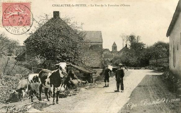 Chalautre-la-Petite-la-rue-de-la-Fontaine-dOrson.