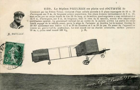 Le biplan Pauhan en plein vol