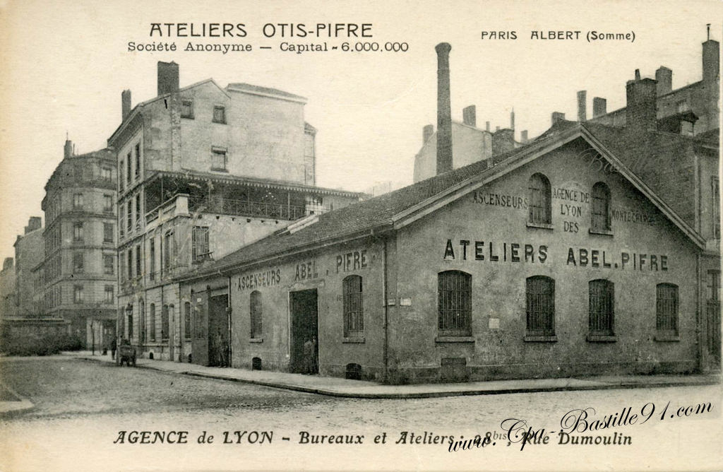 Carte-post​ale-ancien​ne-Lyon-At​eliers-Oti​s-Pifre-As​censeurs