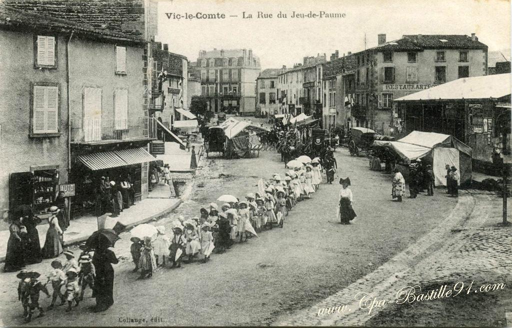 Fanfare cartes postales anciennes for Piscine vic le comte