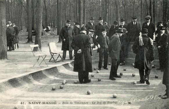 Saint-Mandé - Bois de Vincennes - Le jeu de Boules