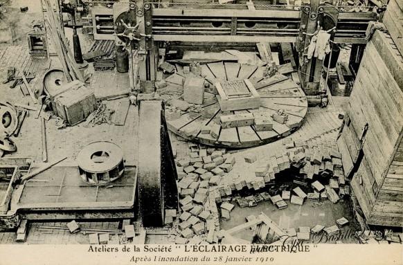 Atelier de la Société L'éclairage électrique - après l'inondation du 28 janvier 1910