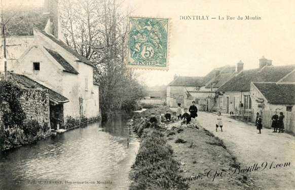Dontilly-La-rue-du-Moulin