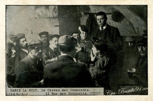 Paris-la-nuit-le-Caveau-des-Innocents