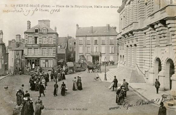 La-Ferté-Macé-Place-de-la-république-Halte-aux-Grains