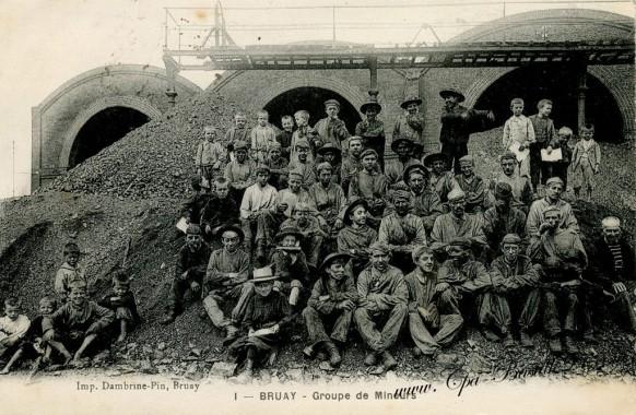 Bruay - Groupe-de-Mineurs