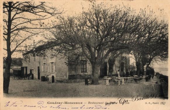Coudray-Monceaux - Restaurant du Vieux Garçon