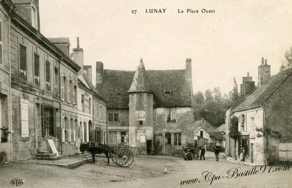 Lunay - La Place Ouest