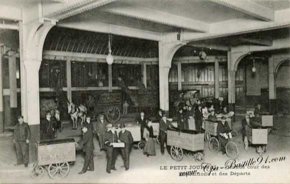 Le-Petit-Journal-Grande-cour-des-Expeditions-et-des-Départs
