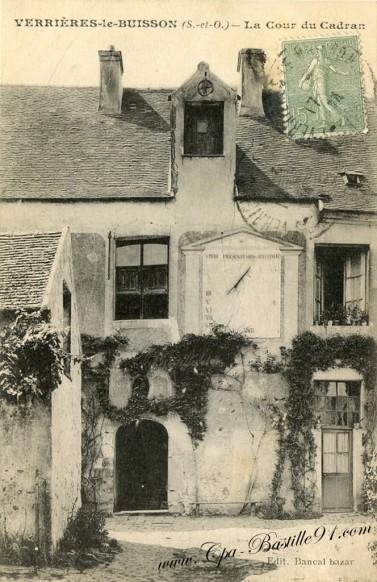 Verrières-le-Buisson-La-Cour-du-Cadran
