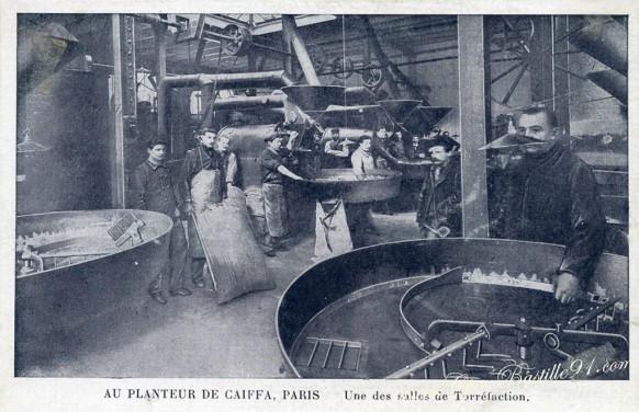 Au-planteur-de-Caiffa-Une-des-Salles-de-Torréfaction