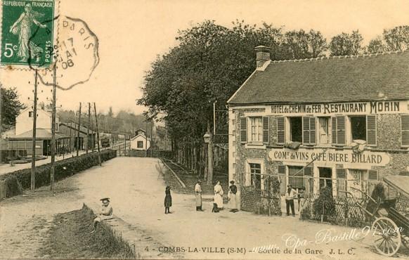 Combs-la-Ville-Sortie de la Gare