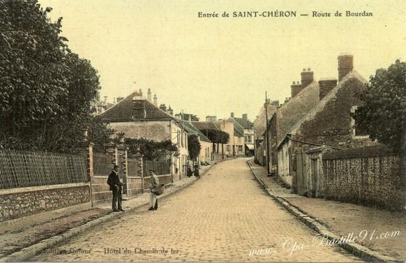 Entrée de Saint-Chéron-Route de Dourdan