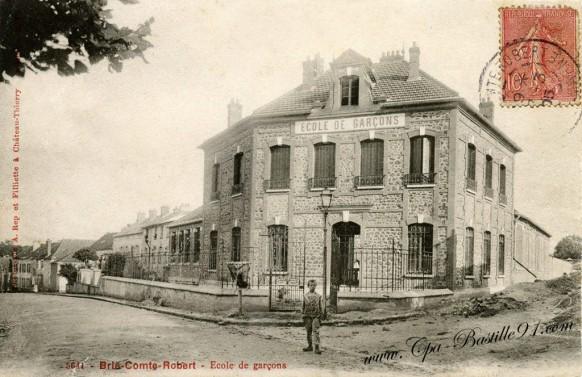 Brie-Comte-Robert - Ecole de garçons
