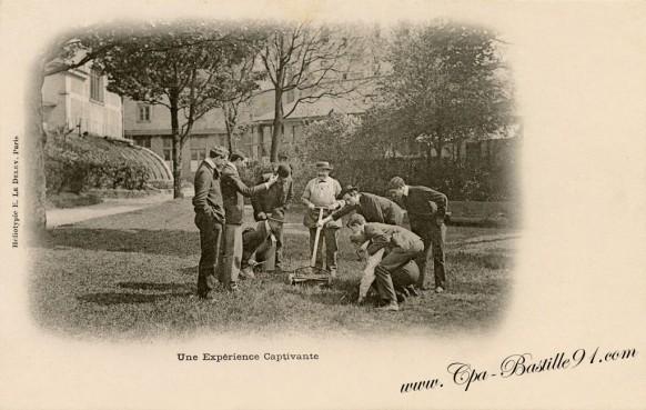 Carte postale Ancienne-Une expèrience Captivante