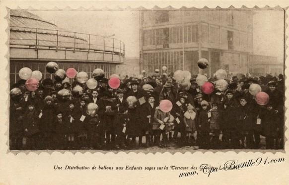 Ballons-rouges-aux-galeries-lafayette