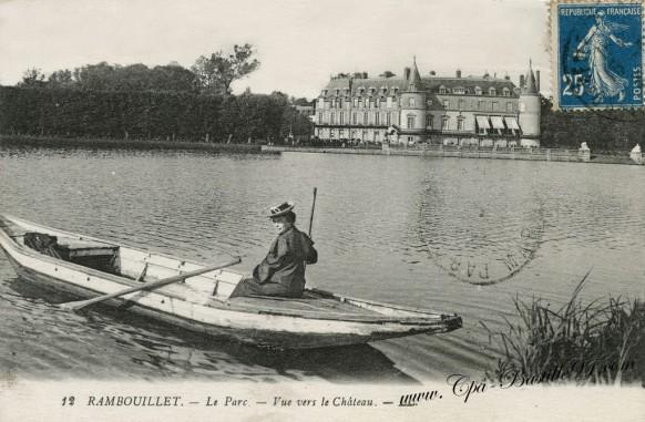 Rambouillet-le-parc-vue-sur-le-chateau