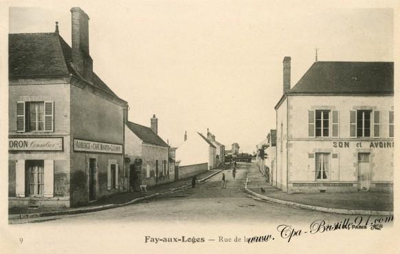 Fay-aux-Loges-Rue-de-la-gare