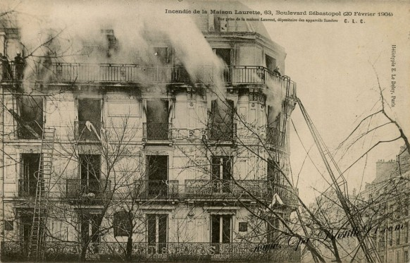 Paris-Incendie-de-la-maison-Laurette-63-boulevard-sébastopol