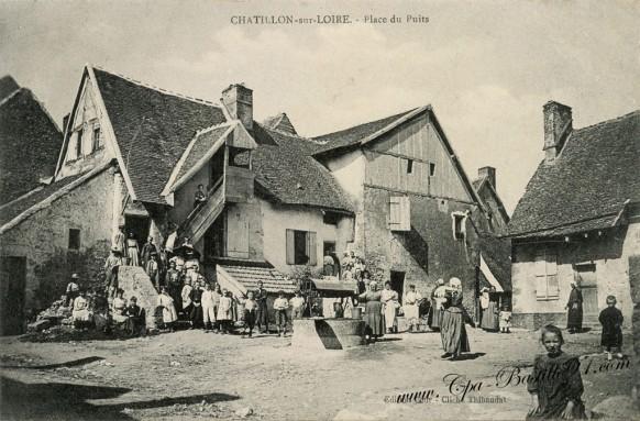 Chatillon-sur-Loire-Place-du-Puits