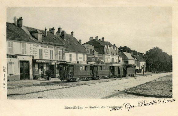 Carte-postale-Ancienne-Montlhéry-Station-des-tramways