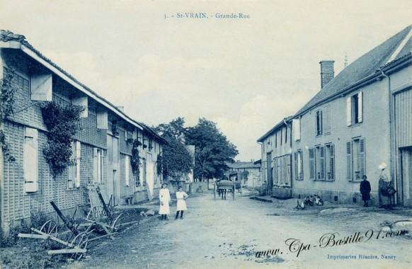 Carte postale ancienne-Saint Vrain-Grande rue