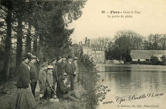 Flers - Dans le Parc - La Partie de pêche