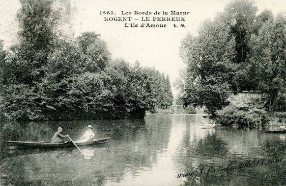 Carte postale Ancienne-Nogent-Le perreux-Les bords de la Marne-l'ile d'amour