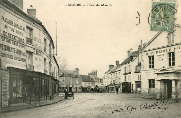 Carte postale ancienne-Limours-place du Marché