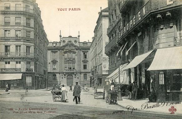 Tout-Paris-Ecole-Centrale-vue-prise-de-la-rue-Turbigo