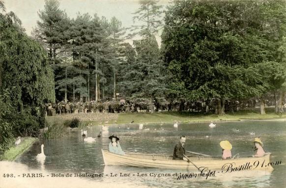 Le Bois de Boulogne - Le Lac les cygnes et les canards à la belle époque