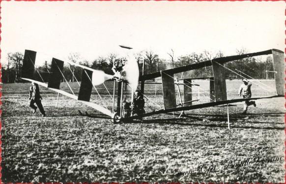 Le 22 Mars 1907 - Santos-Dumont essaie son second appareil à surface en acajou
