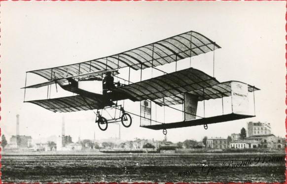 Histoire de l'aviation - Novembre 1907 Farman sur Voisin exécute ses premiers virages