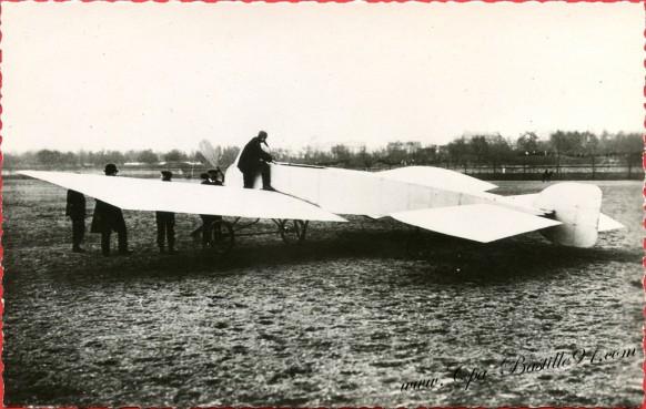 l'Histoire de l'Aviation - Septembre 1907 - Le Blériot VII qui fit de beaux vols