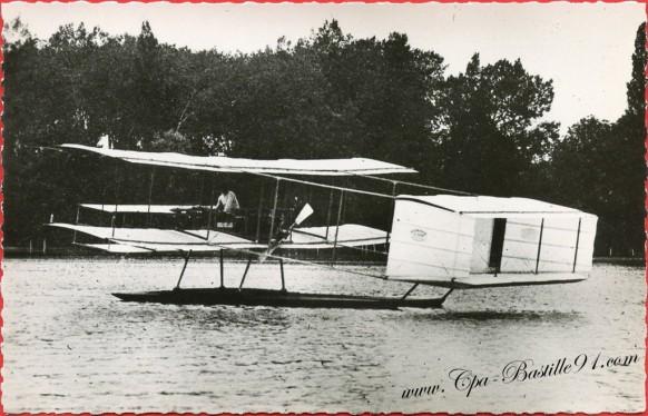 l'Histoire de l'Aviation - Hydro construit par Voisin