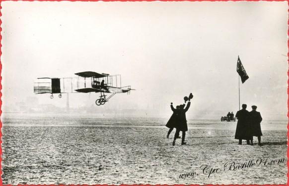 histoire de l'aviation-13 Janvier 1908 Farman sur Voisin gagne le prix Deutsch-Archdeacon-024