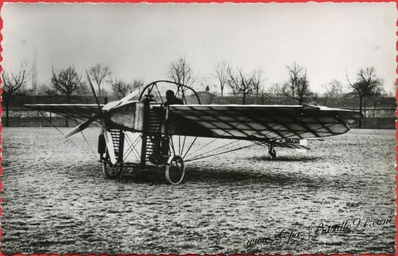 Histoire de l'Aviation - En 1908 le Bleriot Numéro 9