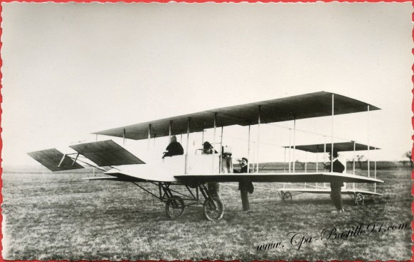 Histoire de l'Aviation - En 1909 le premier Maurice Farman