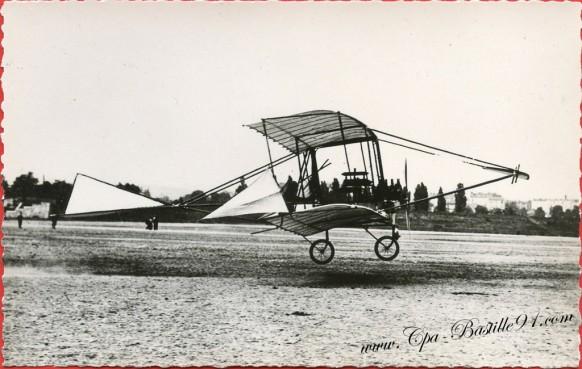 Histoire de l'Aviation - 19 Aout 1908 - Le Ferber IX piloté par Legagneux qui a gagné le 3 prix de 200 métres