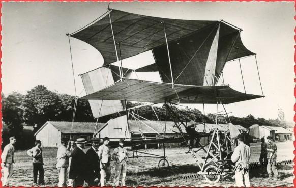 Histoire de l'Aviation en 1909 l'appareil militaire Dorand à Satory