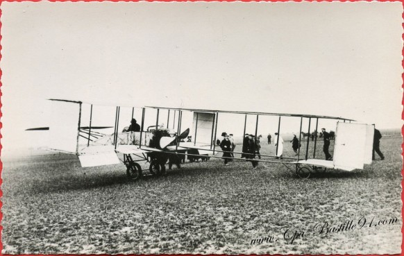 Histoire de l'Aviation - Le 9 décembre 1909 M.Farman vole sur la-campagne de-Buc à Chartres