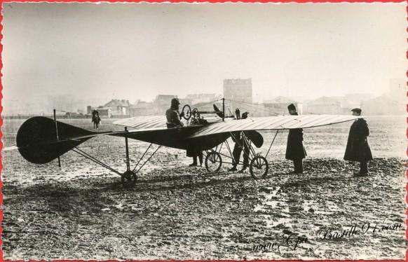 Histoire de l'aviation - Le 31Décembre 1910 - l'aviateur JOHN MOISANT fait une chute mortelle
